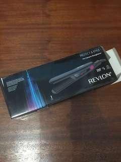 Revlon ceramic hair straightener