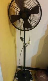 old vintage fan KDK 230v