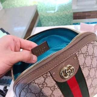 委託缺錢急售可議價🙏內有編碼 Gucci 貝殼包 包包 側背包