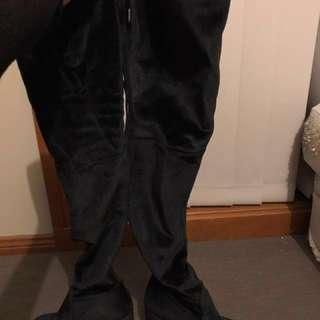 Betts Size 8 Women's Over The Knee Boots