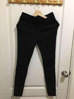 🚚 黑破褲!!只穿過兩次!!