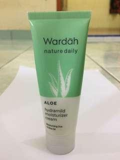 Wardah Aloe hydramild moisturizer cream 40 ml - wardah nature daily