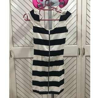 Black White Striped Sleeved Zipper Dress
