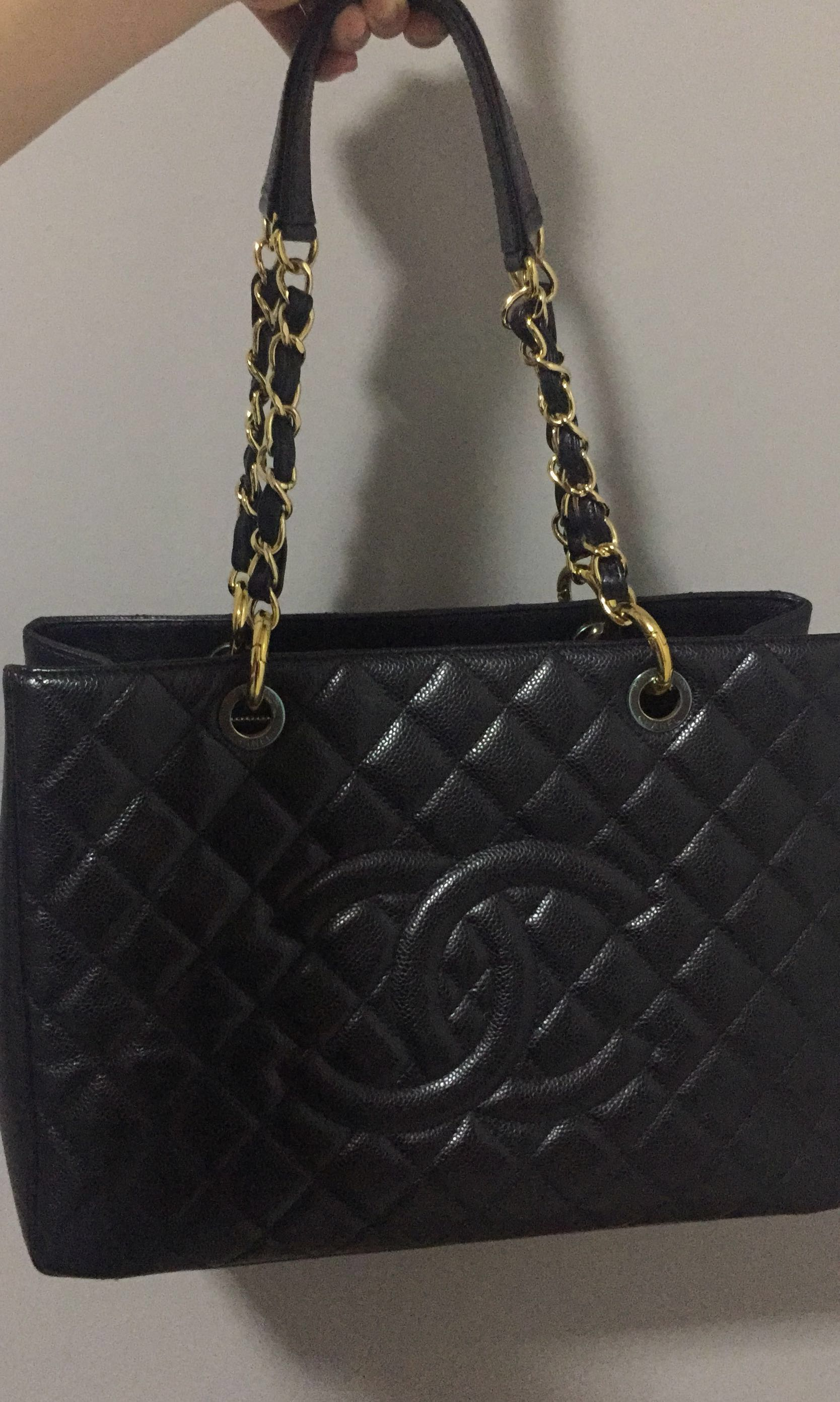 155d2daaeaeabf 100% authentic! Chanel GST in black caviar!!, Luxury, Bags & Wallets ...