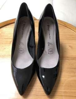Black leather shoes - s7.5