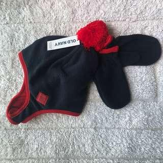 🚚 BN Old Navy Baby/ Toddler Winter Fleece Trapper Hat / Beanie and Gloves Set 12-24mths!