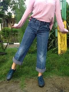 Wrangler mom jeans!
