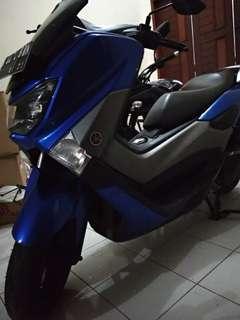 Nmax warna biru metalik caem km kecil