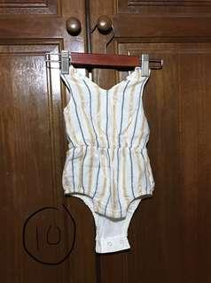 Old Navy white gold romper 3-6m