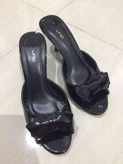 VNC Black Heels Like NEW!!