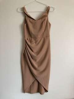 BNWOT Hello Molly Off Shoulder Midi Wrap Nude Tan Dress 6