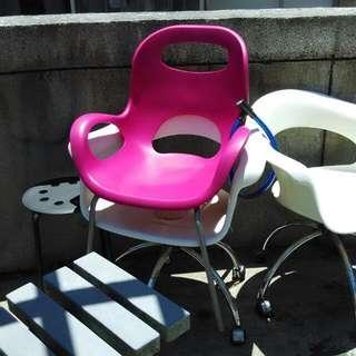 粉紅椅,原价九百,九成新