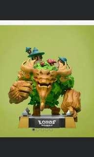 Watcher Deeproot Victory Figurine