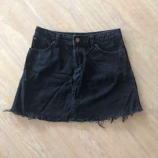 H&M Divided Black Denim Short Skirt - Raw Hem, A-line