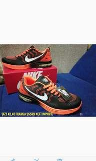 Sepatu casual dan sport import baru dan termurah