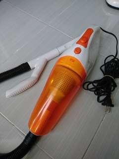 Vacuum Cleaner / Penyedot Debu