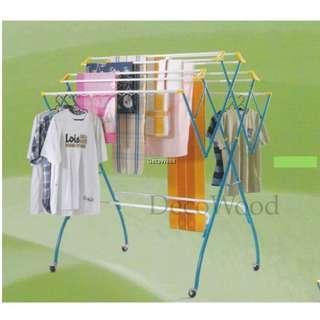 3V Outdoor Clothes Hanger