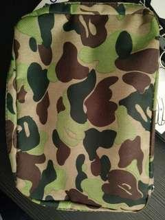 Bathing Ape clutch