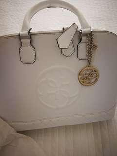 Guess white handbag, authentic