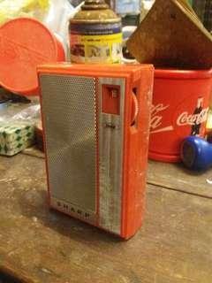 Retro sharp radio.. japan.. antik