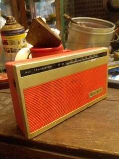 Sony trnsistor radio.. antik