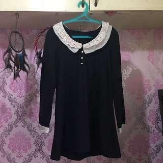 Black Long Sleeves Dress W/ Lacey Collar (S-M)