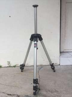 Manfrotto 144 Professional Camera Tripod Made in Italy