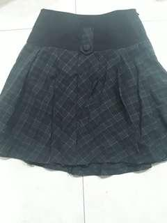 Rok wanita beautiful