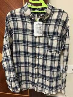 Mandarin collar checkered long sleeves shirt with front pocket