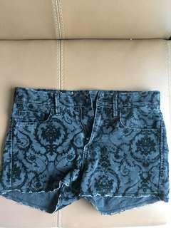H&m pattern hot pants