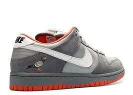 Nike Dunk low SB Pigeon . Type : Casual . Size :  39-45 . Condition : BNIB!