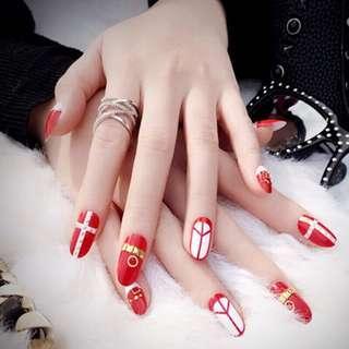 Artificial/Fake Nails