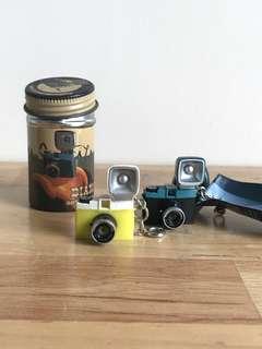 Lomo camera keychains (2 pieces)