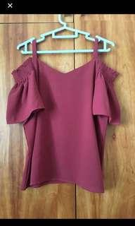 <AVAIL> <PRICE REDUCED> Maroon Cold Shoulder Top