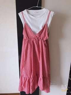 紅白香間格洋裝