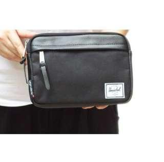 a7b1ae18548 AUTHENTIC HERSCHEL TRAVEL AMENITY POUCH BAG