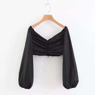 黑色v領上衣