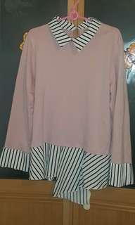 韓版 粉红色拼橫间 絲滑防皺料 假兩件 上衣、恤衫