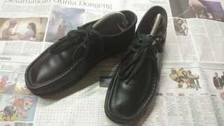 Clarks wallabes hitam size 40 fit 41