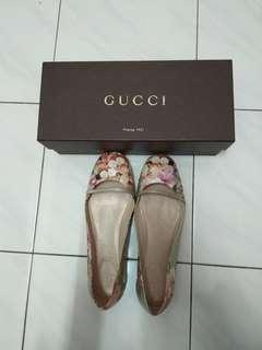 Authentic Gucci Floral flat