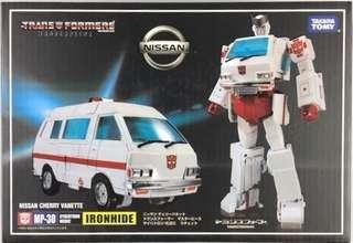 Transformers KO Masterpiece - MP-30 MP30 Ratchet (MISB)
