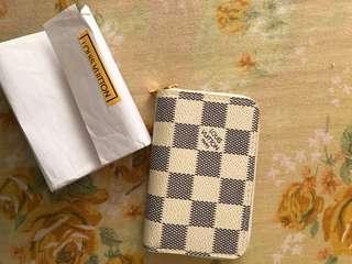 Wallet (LV)