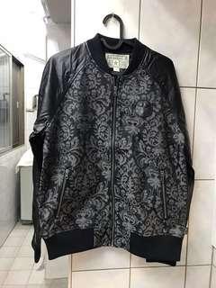 🚚 ‼️隨便賣‼️全新 Converse 女生刺繡夾克 US M