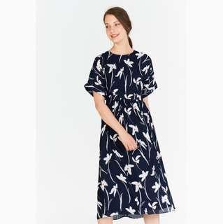 BNWT Felise Floral Printed Midi Dress in Navy