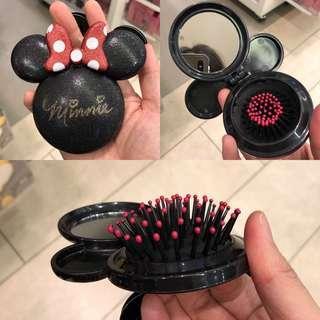 Minnie Mickey hair brush