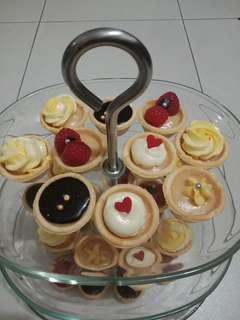 Customised cupcakes, cookies and tarts