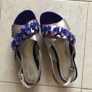 Pedro Jewels 💎 platform sandal