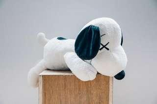 UNIQLO Snoopy x Kaws White (Large)