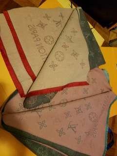 雙11 優惠Lv 頸巾 , 廠比錯貨 優惠價, 只有2條