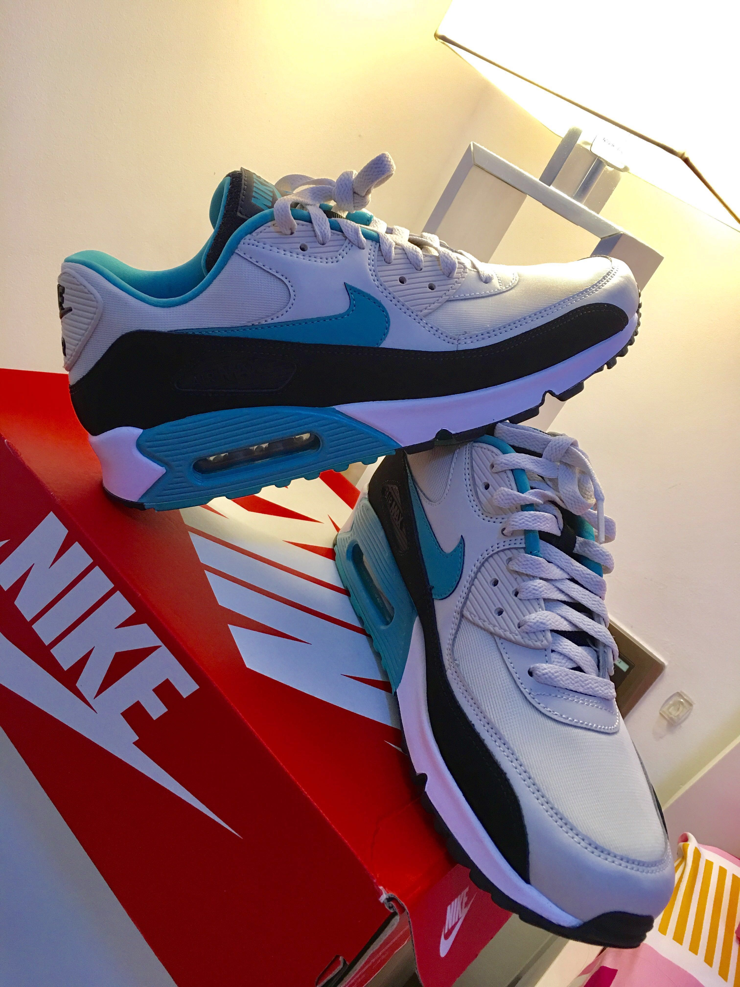 outlet store bc46e f4157 nike air max 90 essential sport
